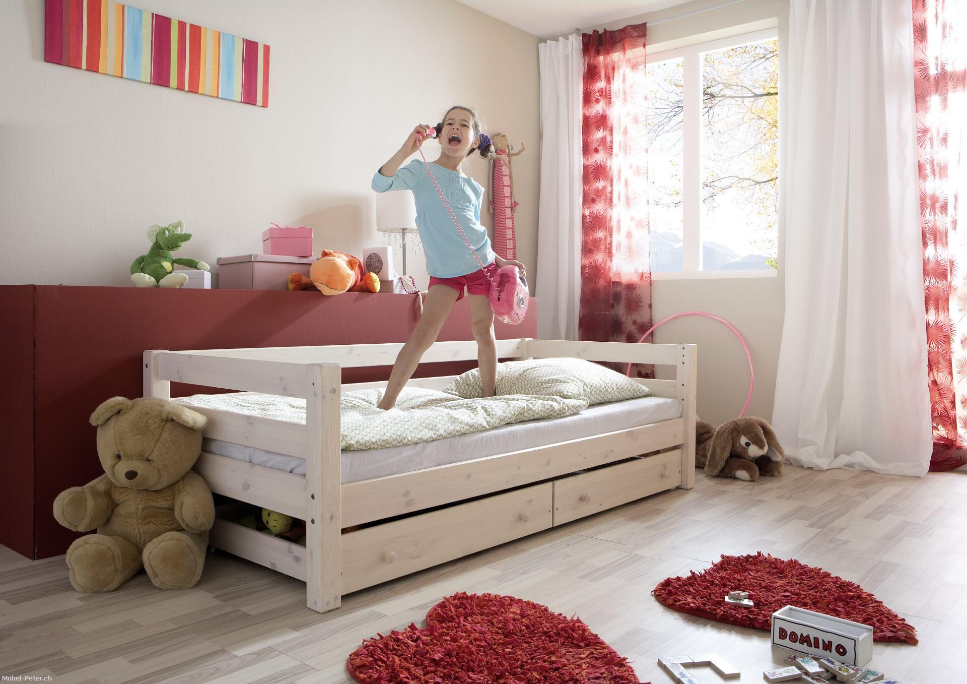 m bel. Black Bedroom Furniture Sets. Home Design Ideas